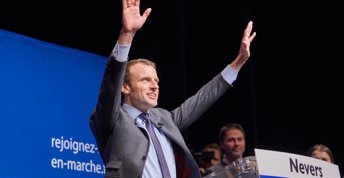 Le PS cède la place à une nouvelle gauche incarnée par Macron