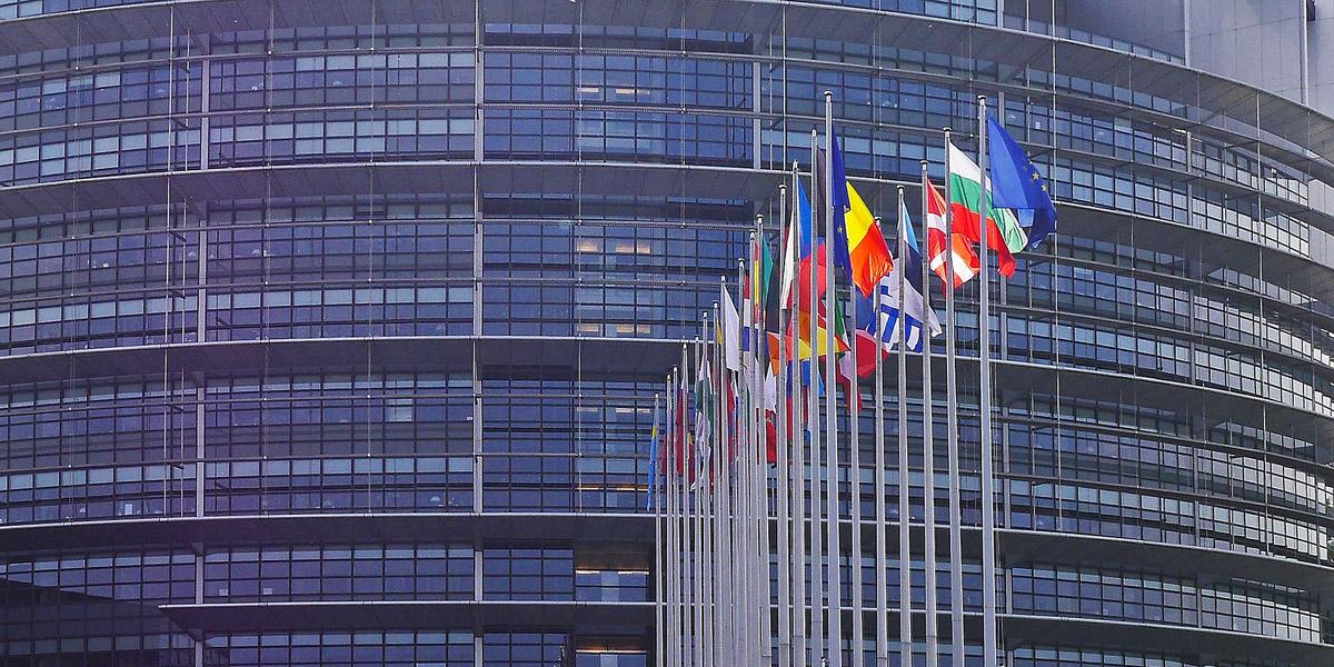 Depuis 2005, le 11 mars est le jour européen de commémoration des victimes du terrorisme(1). Des années 2000 à 2018, 753 personnes ont été tuées en Europe par des terroristes, sans oublier les 1115 citoyens européens tués hors d'Europe, soit 1868 décès en tout(2). Aussi, 8700 victimes ont survécu, blessées dans leur chair et dans leur âme.